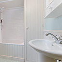The Bathroom in Kittiwake Cottage
