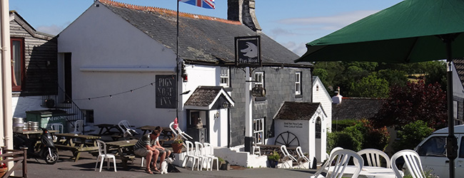 The Pig's Nose - Village pub in East Prawle